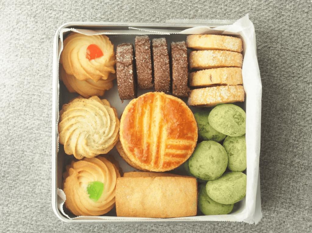 クッキー缶の画像
